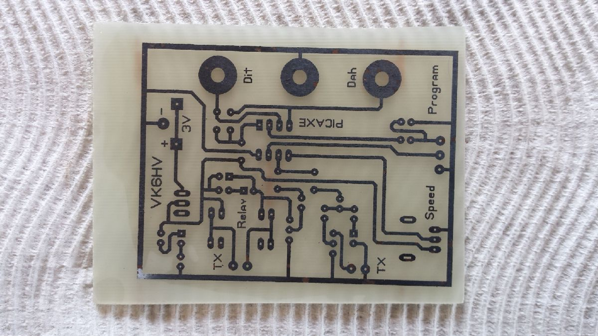 PICAXE-08M2_vibroplex_electronic_keyer